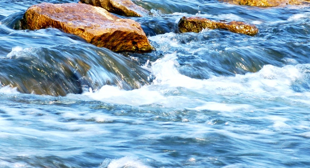 Water_Flowing_by_Penitent